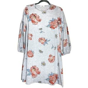 Dresses & Skirts - Floral patterned shift casual dress